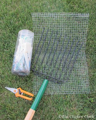 Cleaning sand in the coop and run is a snap with a kitty litter scoop or other screened scoop