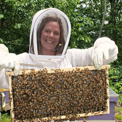 the lovely and talented Brenda Nye of WaggleDance Apiary. Brenda, a Facebook follower of mine who lives not far from me in Connecticut had recently caught a swarm.