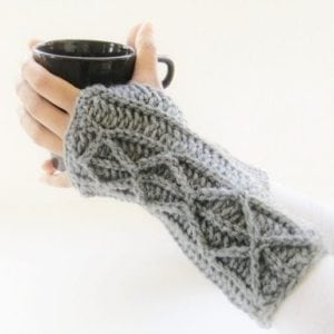 Fingerless-Mitts-Crochet-Pattern-1