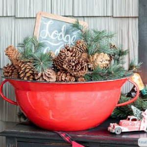 Vintage Christmas Decor, shared by Atta Girl Says