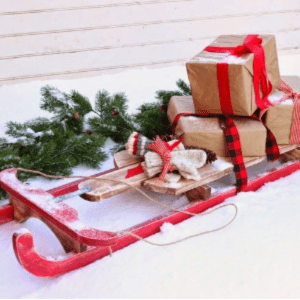 DIY Vintage Sled, $10, shared by Fynes Designs