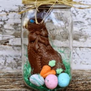 Easter Mason Jars, shared by The Pin Junkie
