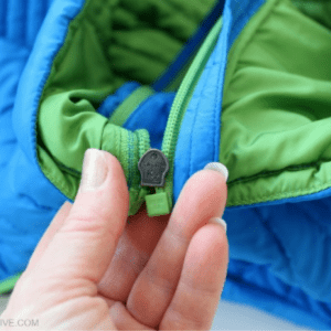 How to Fix a Separated Zipper, shared by Oh My Creative