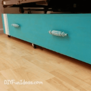 Under bed Storage Upcycle, shared by Do it Yourself Fun Ideas