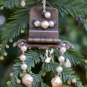 Vintage Hinge Christmas Ornaments, shared by The Painted Hinge