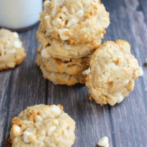 White Chocolate Macadamia & Coconut Cookies shared by Delightful E Made